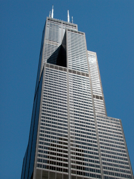 Digital Signage Display and elevator screens in Willis Tower