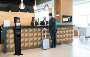 Captivate | CLEAN - Hand Sanitizer and Digital Screen - Hotel communication